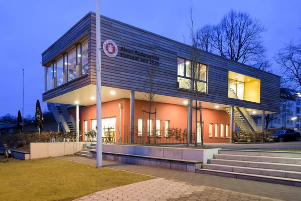 Bau und Modernisierung von Sportstättenbau fördern